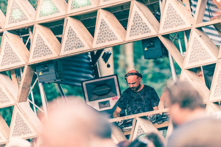 male DJ performing at Pyramid Stage in front of Noisily 2018 crowd
