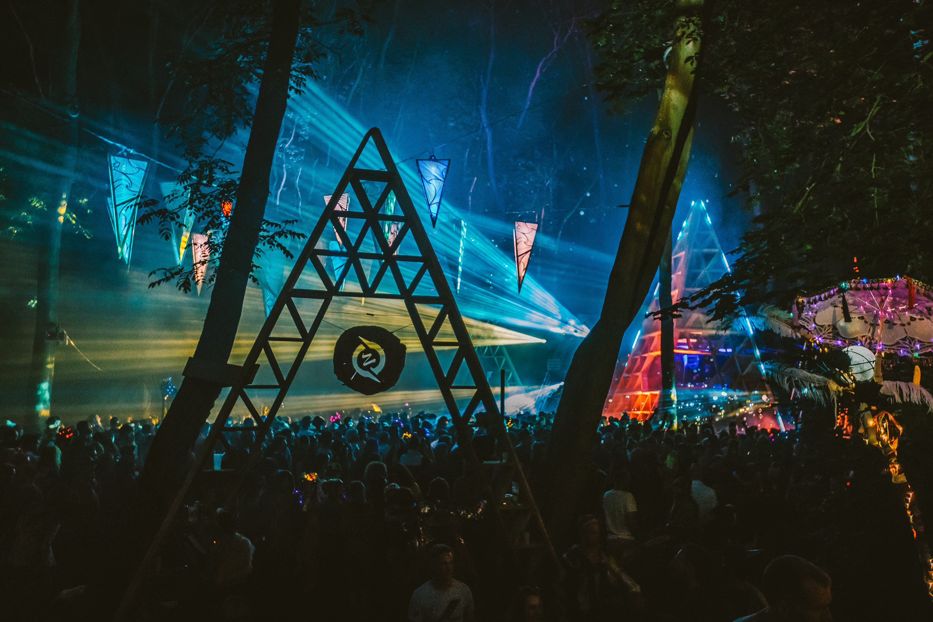 large crowd watching a music stage at night during Noisily Festival 2019