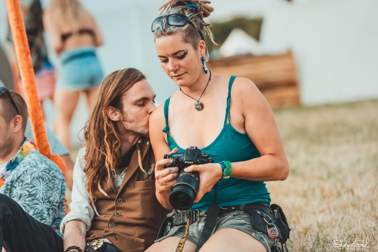 woman and man look into a camera during Noisily Festival 2018